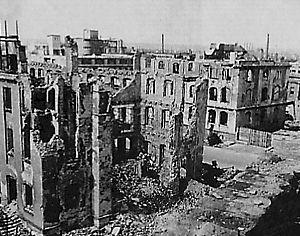 dresde après le bombardement