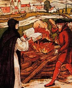 Luther brûle la bulle du pape, par L. Rabus (1557)