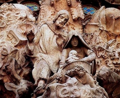La Sagrada Familia : façade de la Nativité (Barcelone, DR)