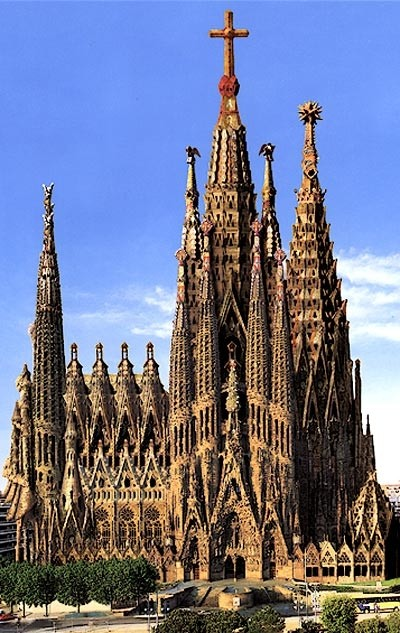 La Sagrada Familia au début du XXIe siècle (DR)