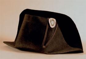 Le chapeau de Napoléon à Waterloo (musée de Sens)