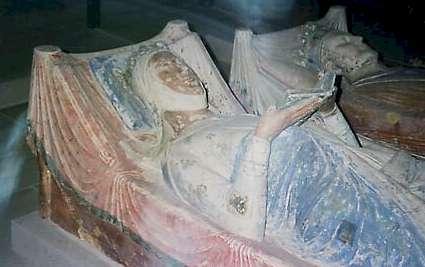 Gisants d'Aliénor et d'Henri II à Fontevrault (Maine-et-Loire)