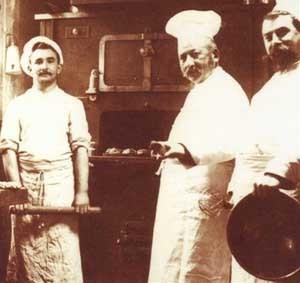 Le patron de Dalloyau, Cyriaque Gavillon, en cuisine