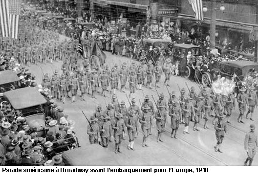 EN BREF :  1914-1918 - La Grande Guerre ou Première Guerre mondiale par André Larané 1418parade