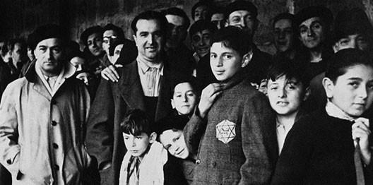 Déportés juifs au camp de Drancy en 1942