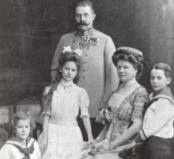 François-Ferdinand de Habsbourg et Sophie Chotek en famille