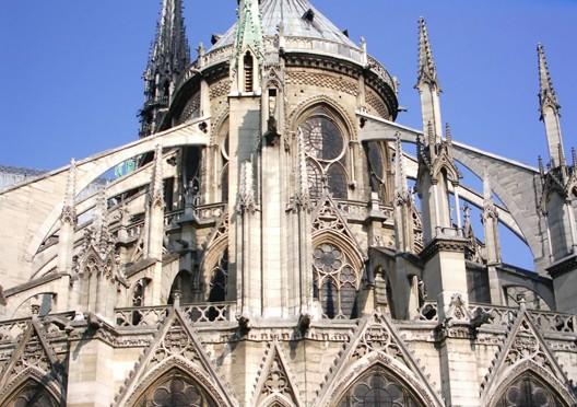 Les arcs-boutants du choeur de Notre-Dame de Paris, DR