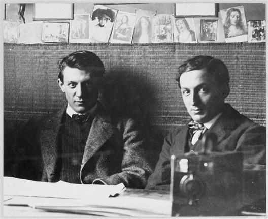Picasso et son ami Ramon Reventos dans l'atelier de J. Vidal Ventosa en 1906 à Barcelone, Joan Vidal-Ventosa, Paris, Musée Picasso