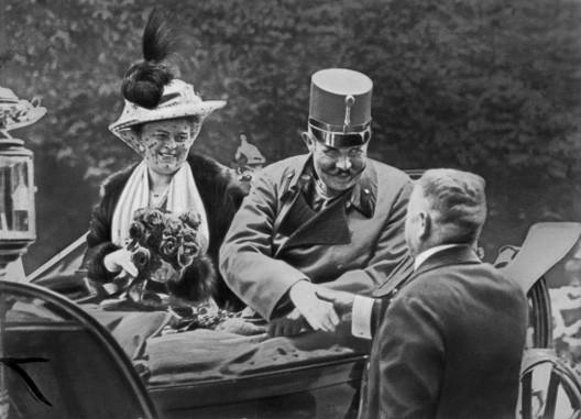 François-Ferdinand et sa femme Sophie Chotek à Sarajevo, une heure avant l'attentat