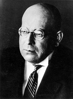Oswald Spengler (Blankenburg,Harz, 29 mai 1880 - 8 mai 1936, Munich)