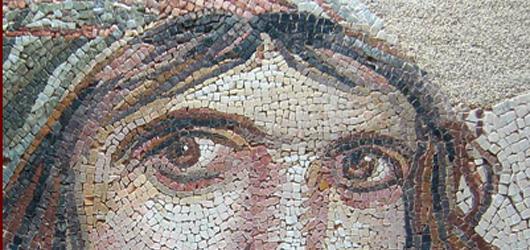Avril 2017 : « la femme est l'avenir de l'homme » (Louis Aragon) ! Mais on a tendance à oublier qu'elle possède aussi un passé.<br /><br />Penchons-nous sur leur quodidien...<br /><br />En savoir plus : <br />cliquez sur l'image