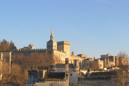 ça s'est passé un 5 Juin.. Avignon