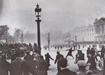 Manifestation du 6 février 1934 sur la place de la Concorde à Paris