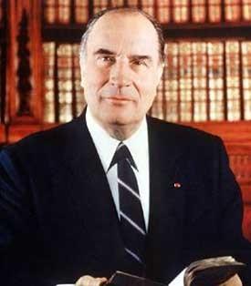 François Mitterrand, président de la République (portrait officiel)