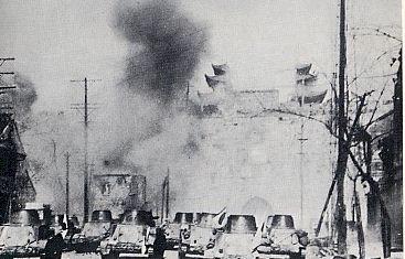 Les tanks japonais à Nankin en janvier 1938