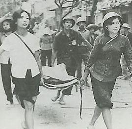 Défense civile à Hanoi pendant les bombardements