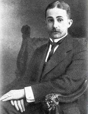 Agathon Fabergé vers 1900. L'agrandissement le montre près de sa maison de campagne à Levashovo en 1907, archives d'Oleg Faberge, DR.