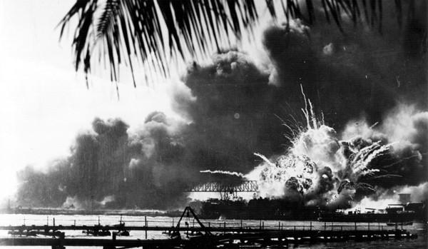 Dès 7h40, la base américaine sur l'île d'Oahu, à Hawaï est attaquée, DR