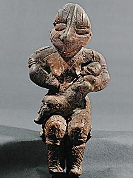 Mère et enfant, Culture Vinca, Néolithique, Musée national de Belgrade, Serbie.