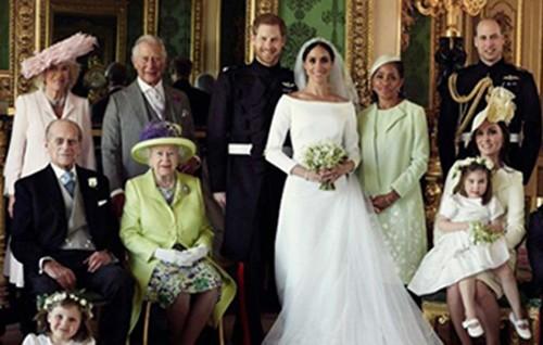 Photographie officielle du mariage entre le prince Harry et Meghan Markle, le 19 mai 2018.