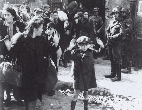 Arrestations dans le ghetto de Varsovie en avril 1943