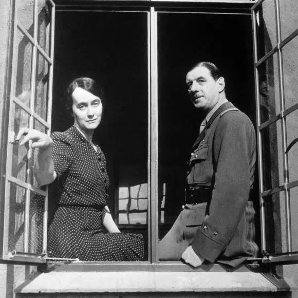 Yvonne et Charles de Gaulle en 1942 à Londres