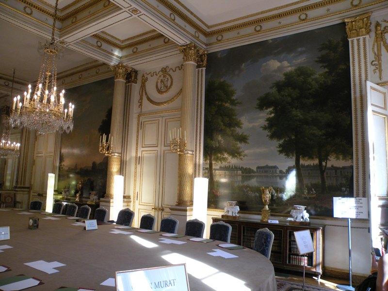Le salon Murat où se tient le conseil des ministres du mercredi (palais de l'Élysée)