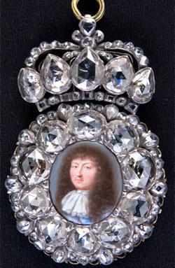 Louis XIV, Le Roi-Soleil revient à Versailles