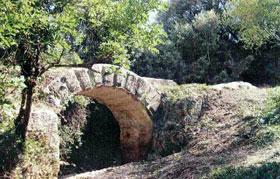 Pont du Gard, Le génie romain à l'oeuvre (Vers-Pont-du-Gard)