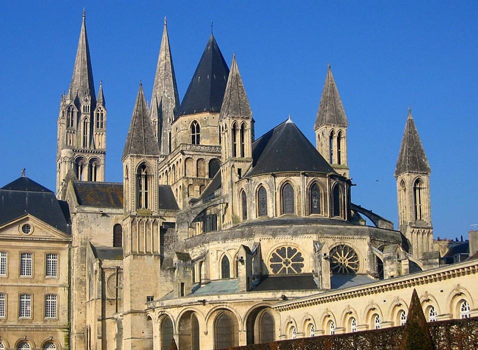« Abbaye Saint-Étienne de Caen » ou « Abbaye aux Hommes », XIème siècle.