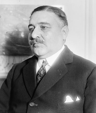Portrait de Léon Daudet, Agence Roll, Gallica, BnF, Paris.