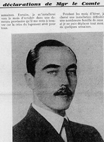 La « une » du « Courrier 50 », journal du « comte de Paris » Henri d'Orléans, prétendant au trône de France, annonçant la fin de l'exil des Orléans. En novembre 1937, il désavoue l'Action française dirigée par Charles Maurras, après avoir fondé sa propre revue « Courrier royal » dans lequel il exprime des idées opposées à celles de l'Action française.