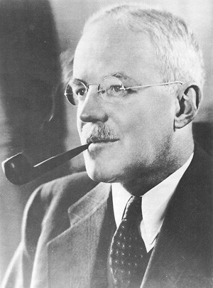 Allen Welsh Dulles (7 avril 1893, Watertown, État de New York - 29 janvier 1969, Washington)