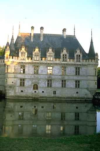 Azay-le-Rideau, Logis des fées (Azay-le-Rideau)