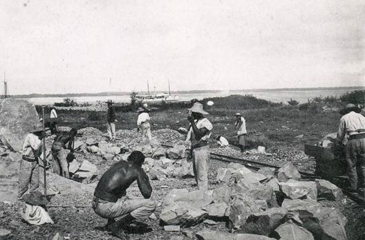 Forçats malgaches au bagne de Cayenne
