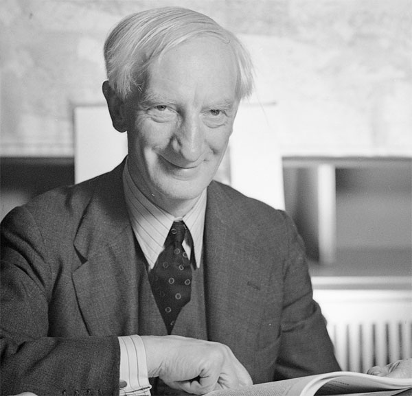 William Beveridge en 1943 (( 5 mars 1879, Rangpur, Inde ; 16 mars 1963, Oxford)