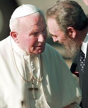 Jean-Paul II et Fidel Castro en 1998 (DR)