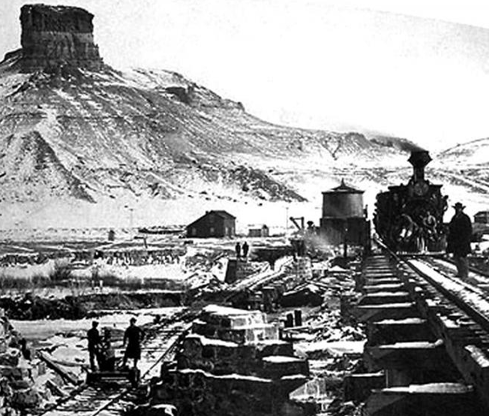 Construction d'un pont en pierre sur la Green River (Citadel Rock, Wyoming) par l'Union Pacific Railway