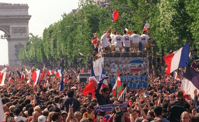 Coupe du Monde 1998, Champs Élysées, 13 juillet 1998 (DR)