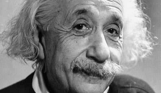 Albert Einstein (14 mars 1879, Ulm, Wurtemberg ; 18 avril 1955, Princeton, New Jersey)