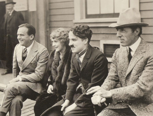 Douglas Fairbanks, Mary Pickford, Charlie Chaplin et D.W. Griffith (Artistes Associés, 1919)