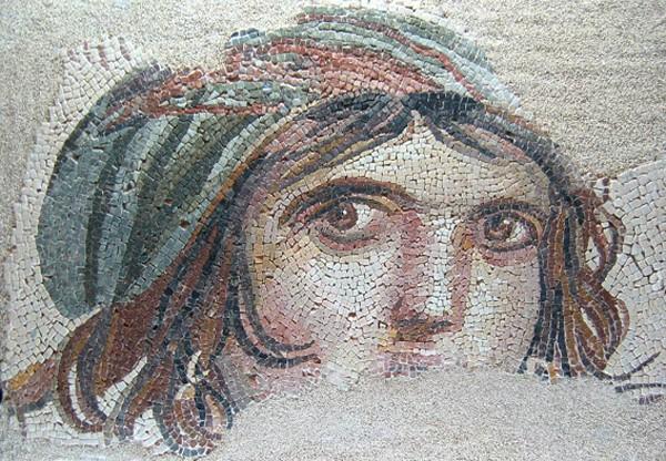 « La Gitane de Zeugma », mosaïque, Ier siècle, musée archéologique de Gaziantep, Turquie.