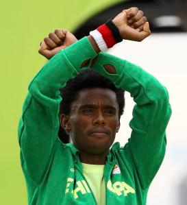22 Août 2016 : Un marathonien défie le régime éthiopien
