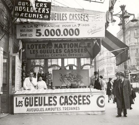 Kiosque de loterie des gueules cassées à Marseille