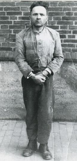Rudolf Höss avant sa pendaison (25 novembre 1900, Baden-Baden - 16 avril 1947, Auschwitz)