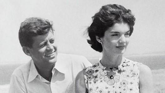 John Kennedy et son épouse Jacky Lee Bouvier, couple idéal (DR)