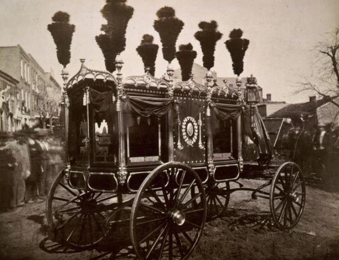 Le corbillard d'Abraham Lincoln (1865)