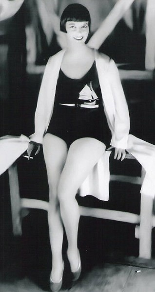 Louise Brooks (14 novembre 1906, Cherryvale, Kansas ; 8 août 1985, Rochester, NY)