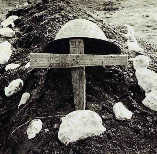 La tombe d'un soldat inconnu, L'Evénement Illustré, n°106, 03 mars 1917.