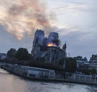 30 avril 2019 : Plaidoyer pour Notre-Dame